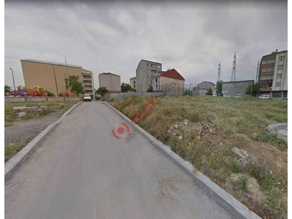 Başakşehir Altınşehir'de Satılık 300 m² Konut Arsası - Büyük 0