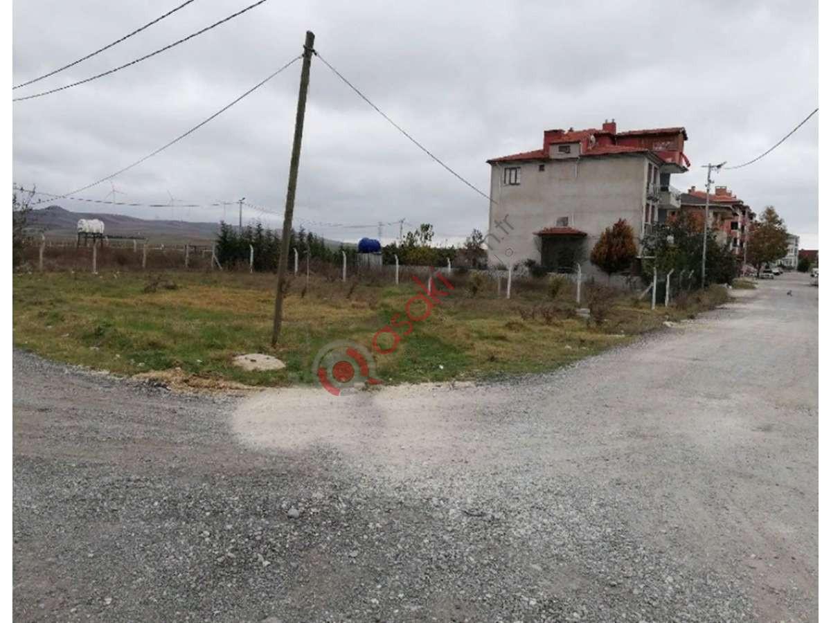 Silivri İsmetpaşa'da Satılık Köşe Başı Konut Arsası - Büyük 1