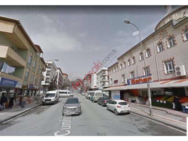 Esenyurt Kıraç Cumhuriyet Caddesinde Satılık Bina