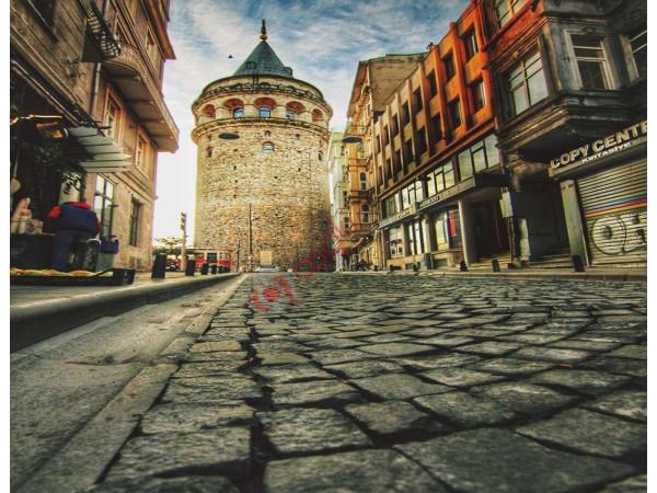 Beyoğlun'da Taksim Meydanına 5 Dk Mesafede Satılık Bina