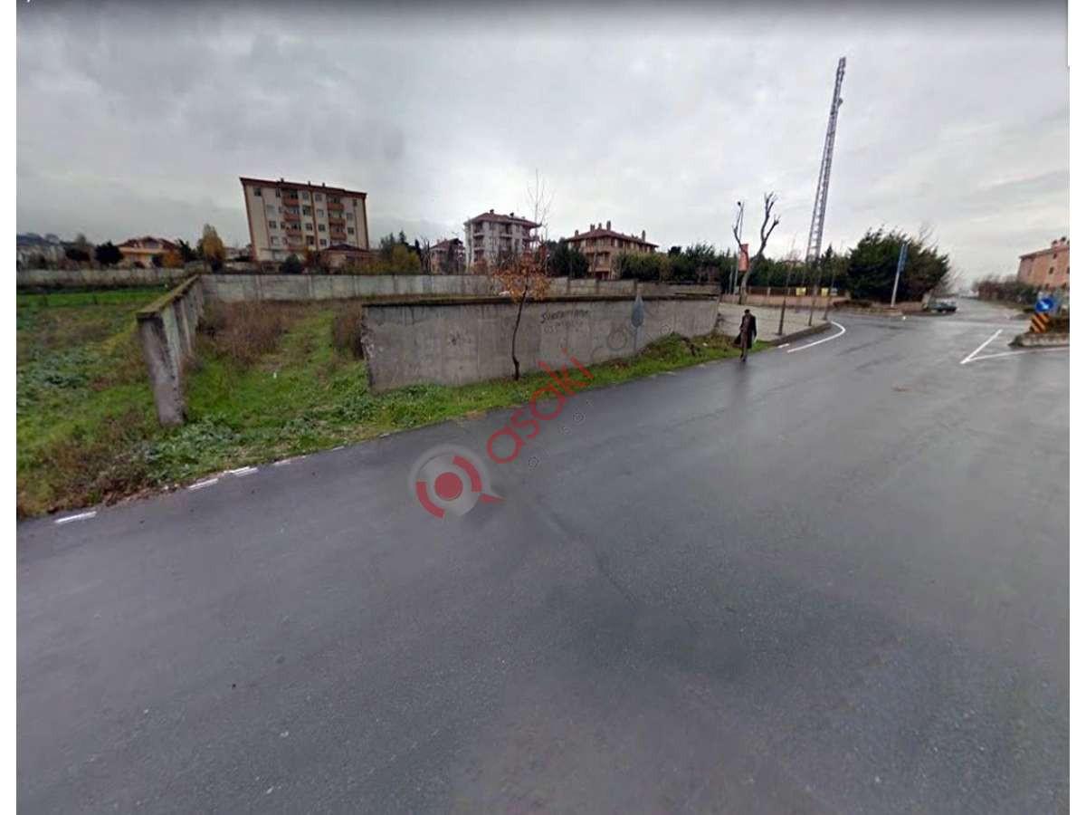 B.çekmece Celaliye'de 4 Kat Imarlı Ana Caddeye Cephe Arsa - Büyük 2