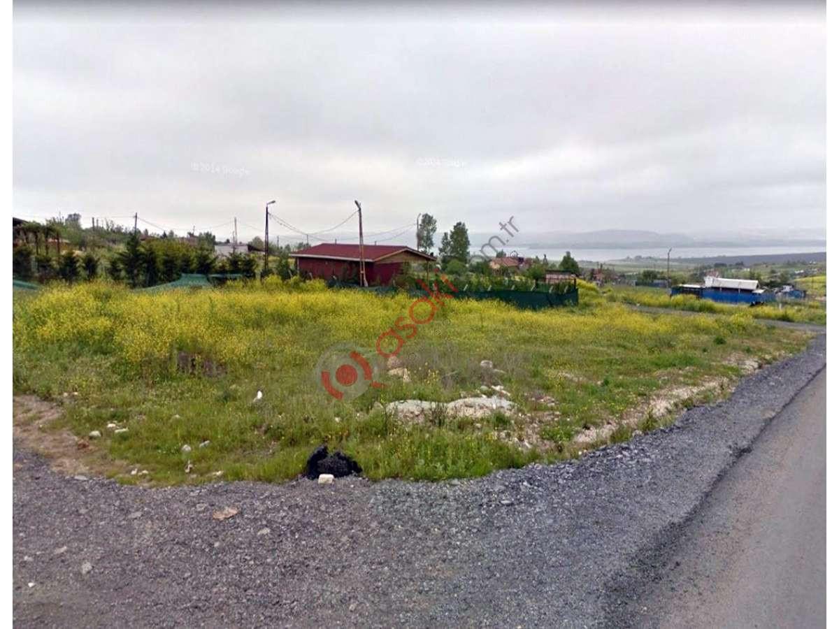 Büyükçekmece Karaağaç'ta Yol üzeri Harika Eşsiz Konumda - Büyük 0