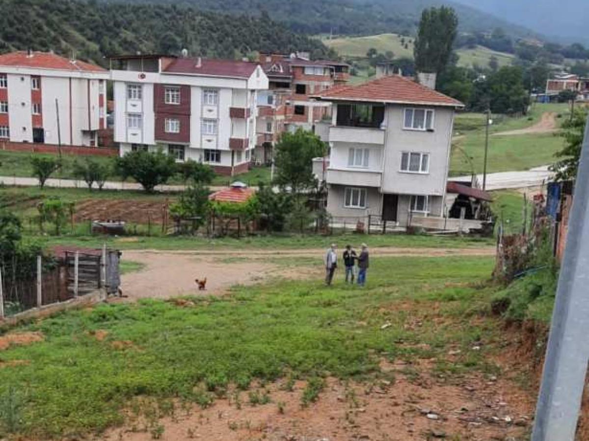 Sinop Boyabat'a Çift Dairelik  416 M2 Satılık Arsa - Büyük 7