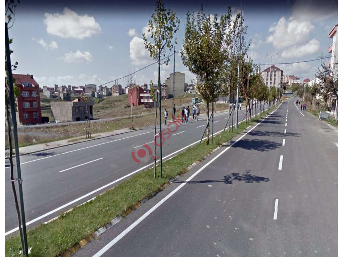 Arnavutköy'de Anayol Cepheli Ticari+konut Imarlı Satılık - Büyük 0