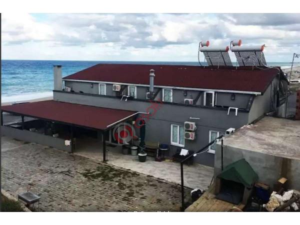 çatalca Yaliköy'de  Turistik Tesis Denize Sifir Satilik Otel