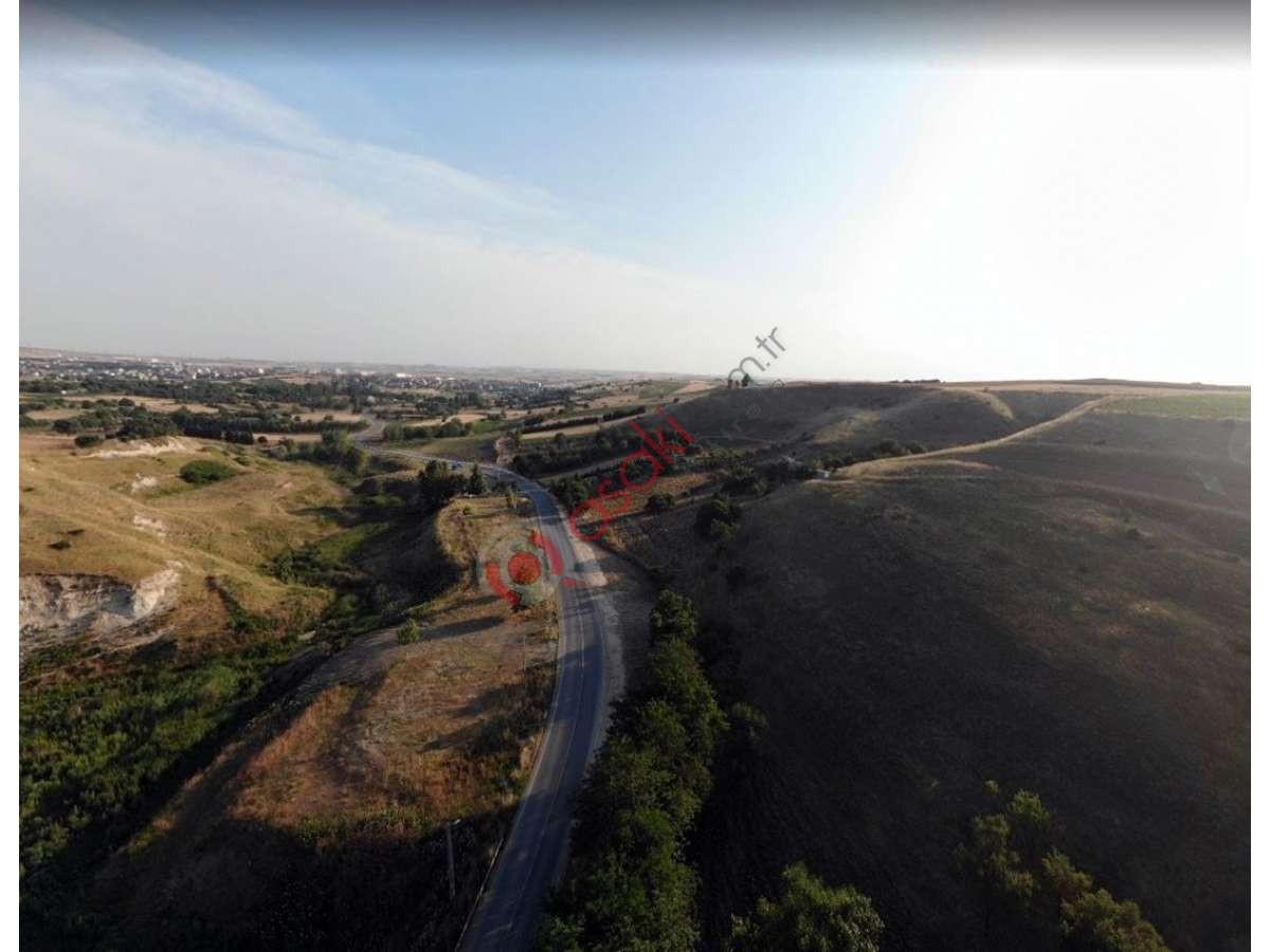 Silivri Değirmenköy'de Tek Tapu Satılık 2678 M² Satılık Arsa - Büyük 0