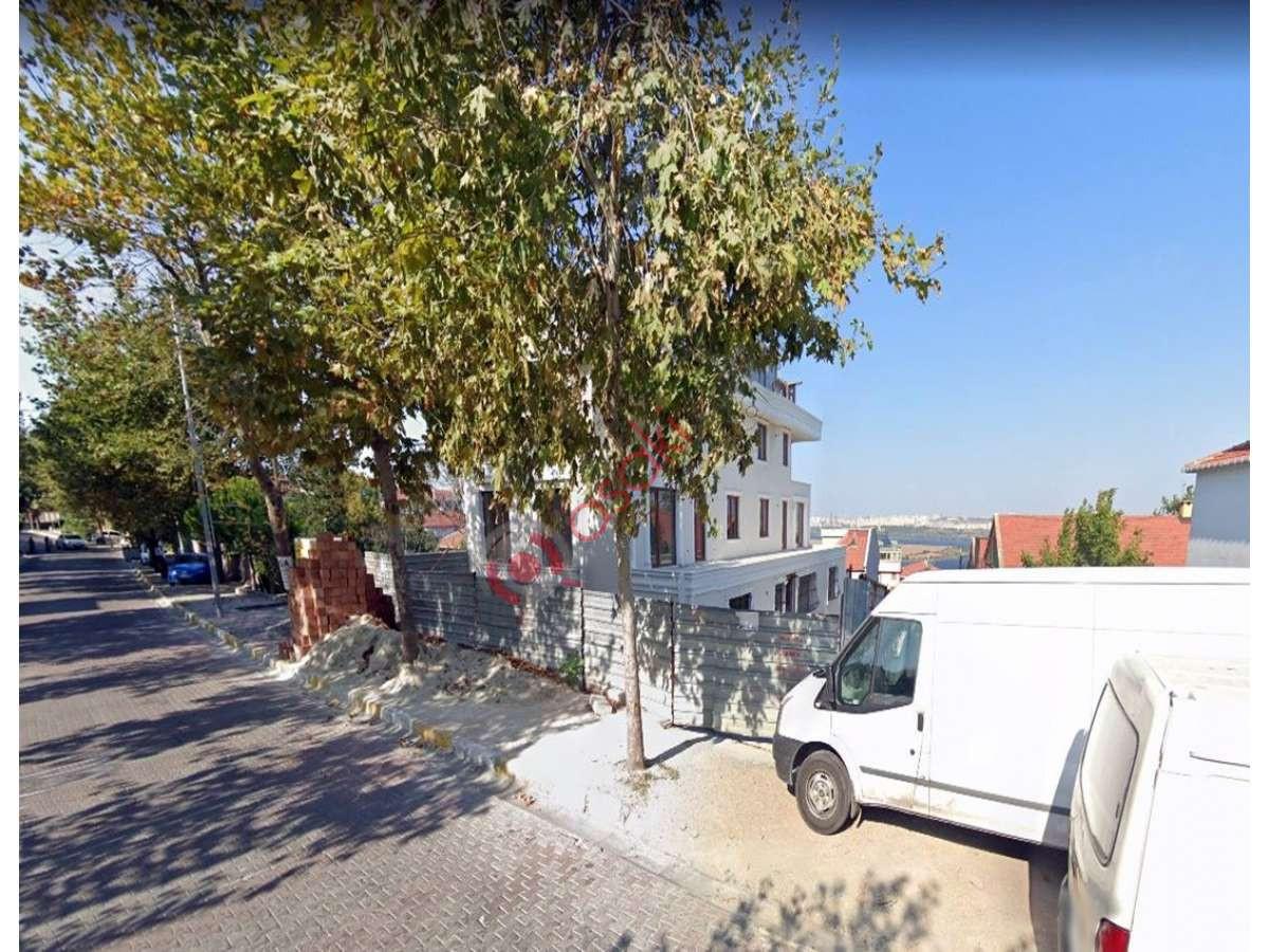 Avcılar Firüzköy'de Mükemmel Manzaraya Sahip Ticari+konut - Büyük 0