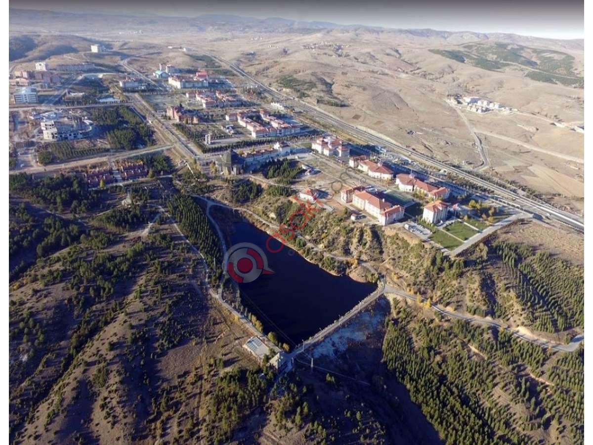 Kütahya Merkez'de Imarlı üniversite Yanı Satılık Arsa - Büyük 0