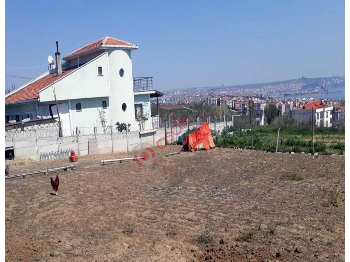 Tekirdağ Süleymanpaşa'da Köşe Parsel Arsa - Büyük 0