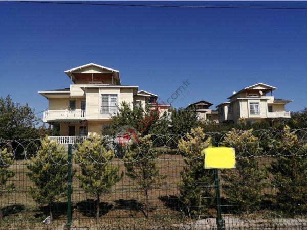 Silivri Gümüşyakada Tribleks Villa Satılık 5+1 250 M2