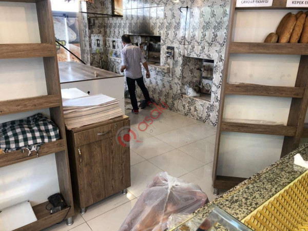 Esenyurt Kıraç Şehitler Mahallesin'de Satılık Fırın Kiracılı Dükkan