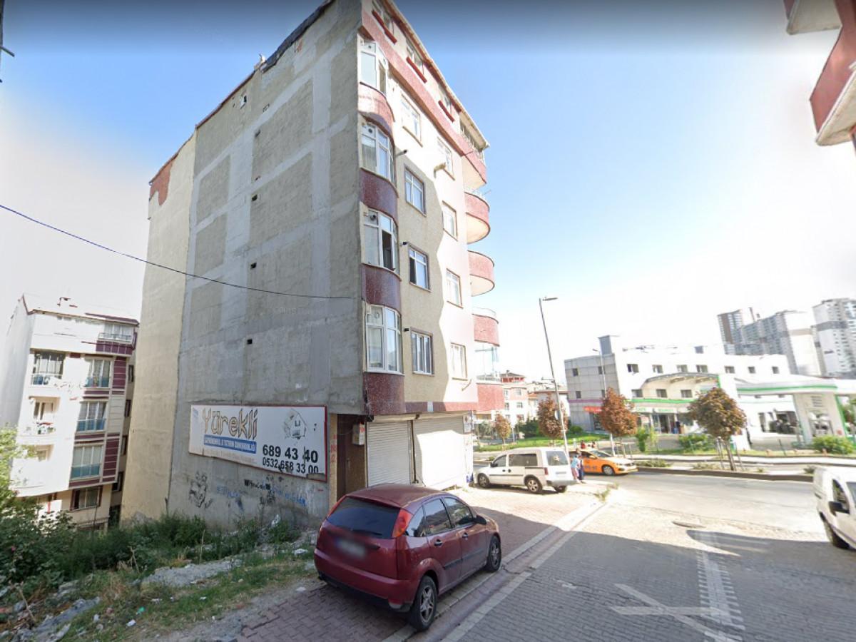 Esenyurt Kıraç Gazi caddeye cephe 169, m2 satılık arsa - Büyük 1