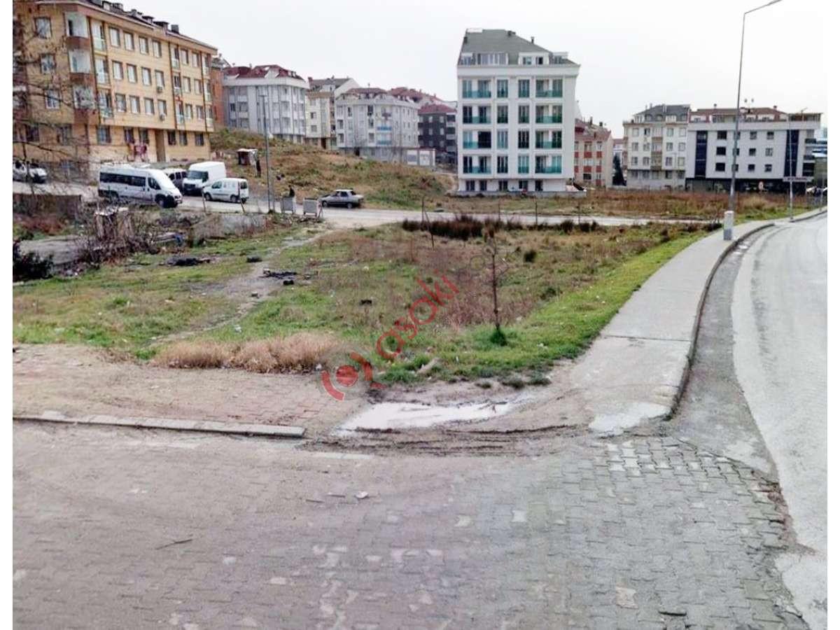 Esenyurt Akçaburgaz'da Satılık Ticari Arsa - Büyük 0