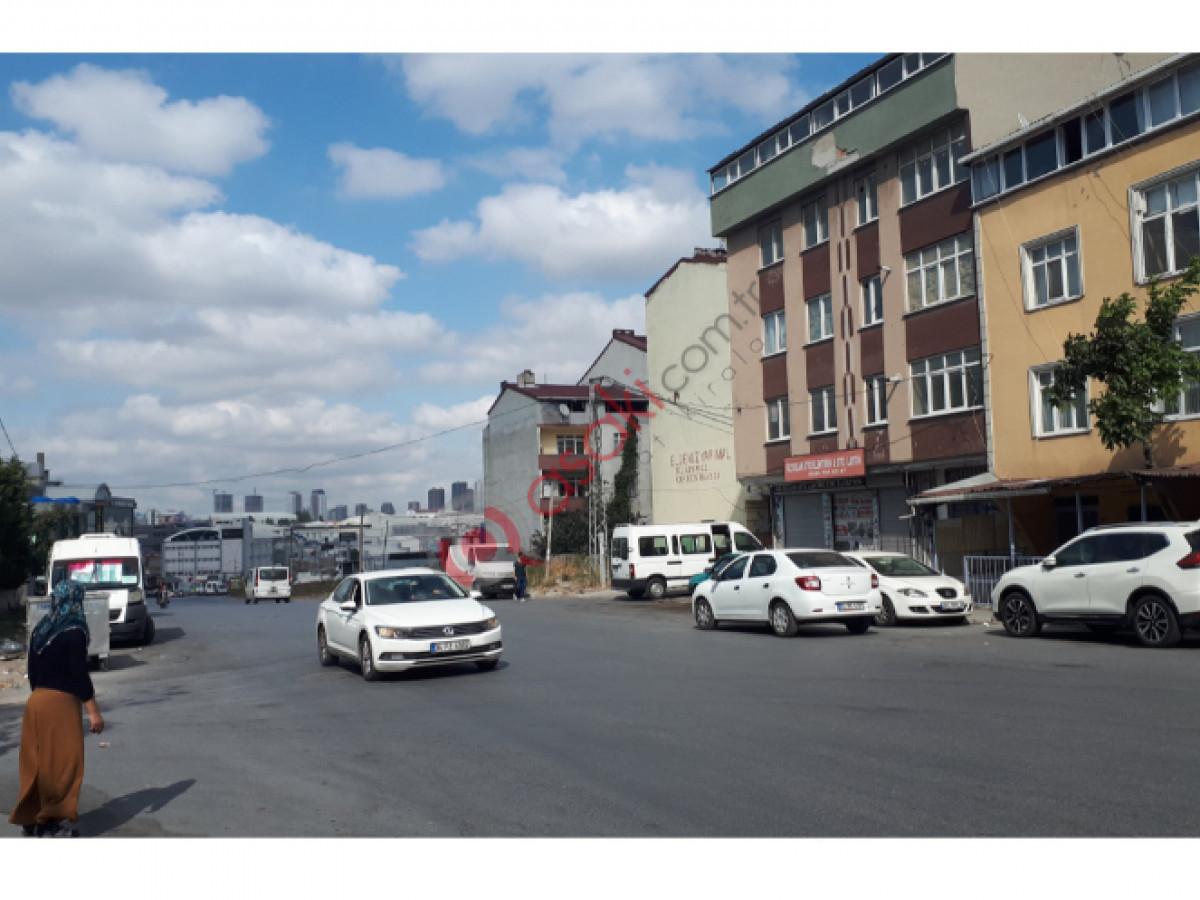 Esenyurt Kıraçta Satılık 4 Katlı Bina - Büyük 0