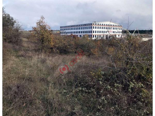 Silivri Büyükçavuşlu'da Otobana Cephe Satılık Tarla
