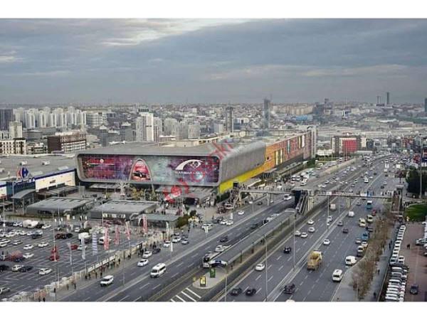 Esenyurt Yenikent Mah Satılık Cadde üzeri Arsa