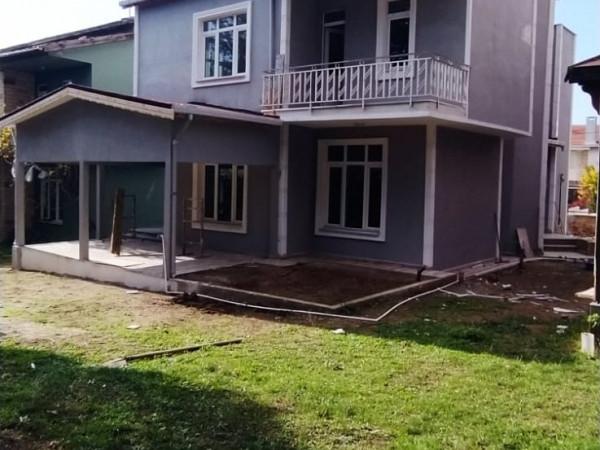 Silivri Merkezde  Satılık Müstakil Lüks Villa
