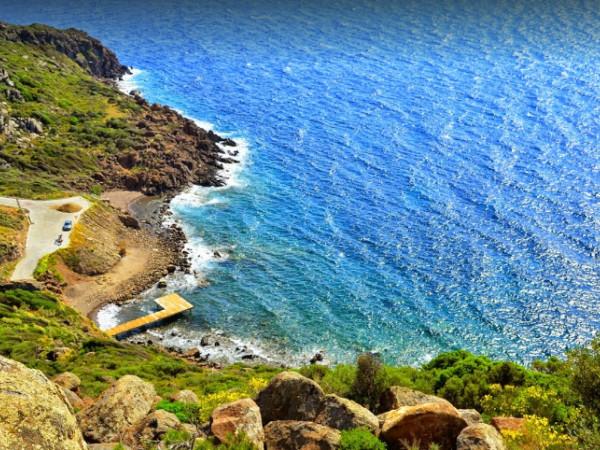 Gündoğan'da Deniz Manzaralı Yazlık
