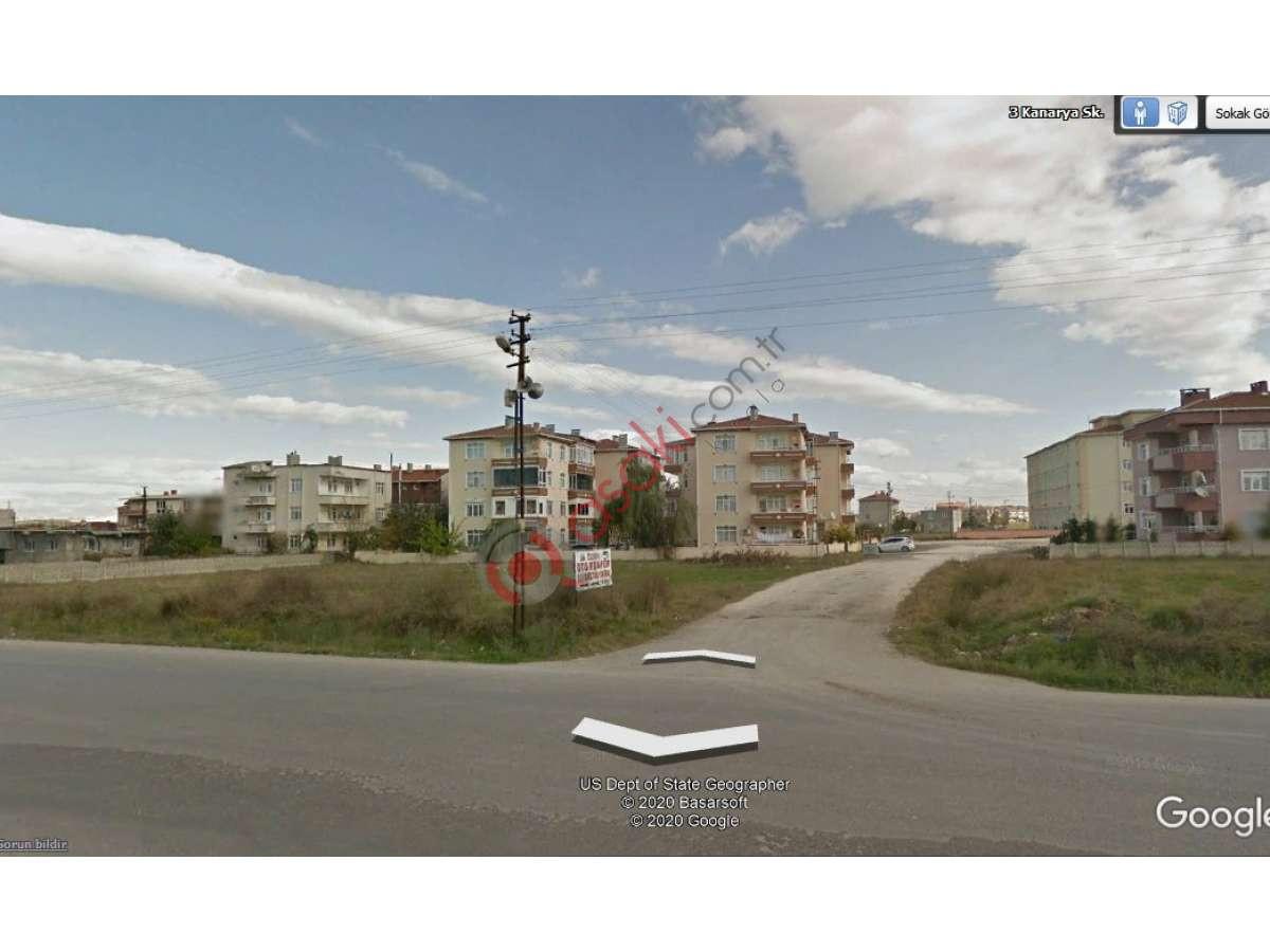 Saray'da Vize Caddesi üzeri Satılık Arsa - Büyük 1