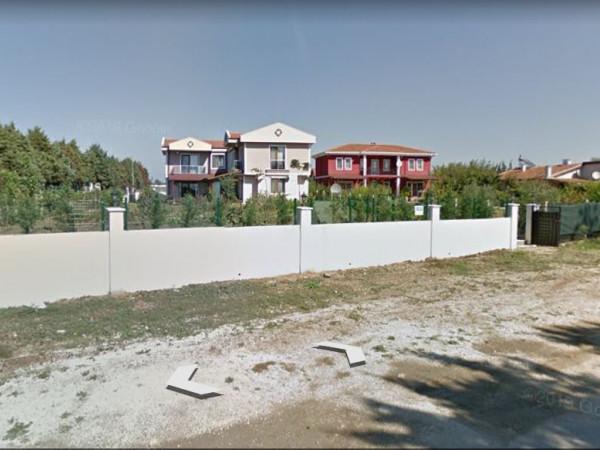 Silivri Kavaklıda Satılık Villa İmarlı  Arsa