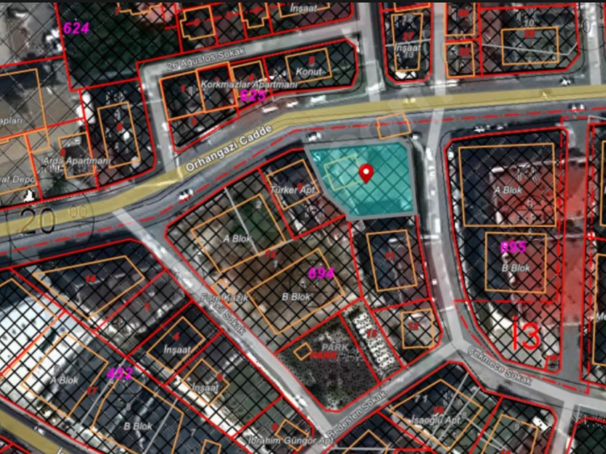 Kavaklı'da Cadde Üzeri Ticari + Konut Satılık Arsa - Büyük 0