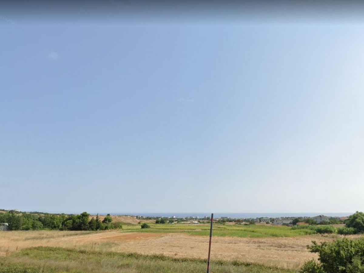 Büyükçekmece Celaliyede Satılık Arazi - Büyük 0