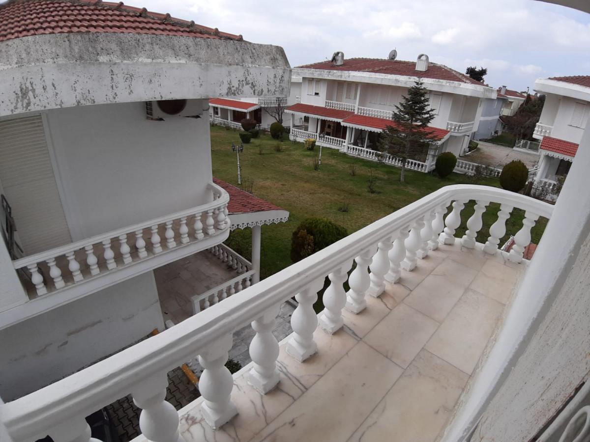 Büyükçekmece güzelcede 2 tane satılık villa - Büyük 22