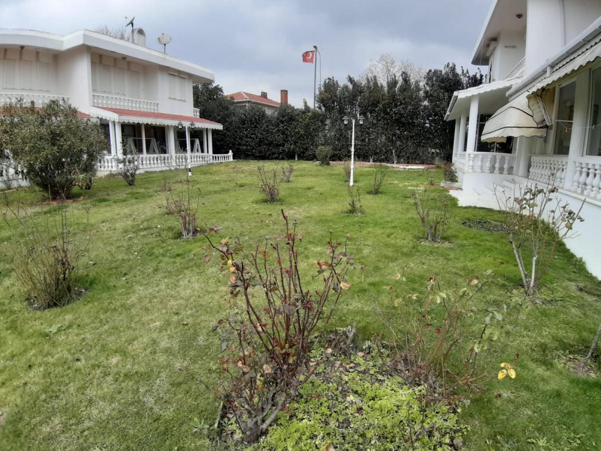 Büyükçekmece güzelcede 2 tane satılık villa - Büyük 23