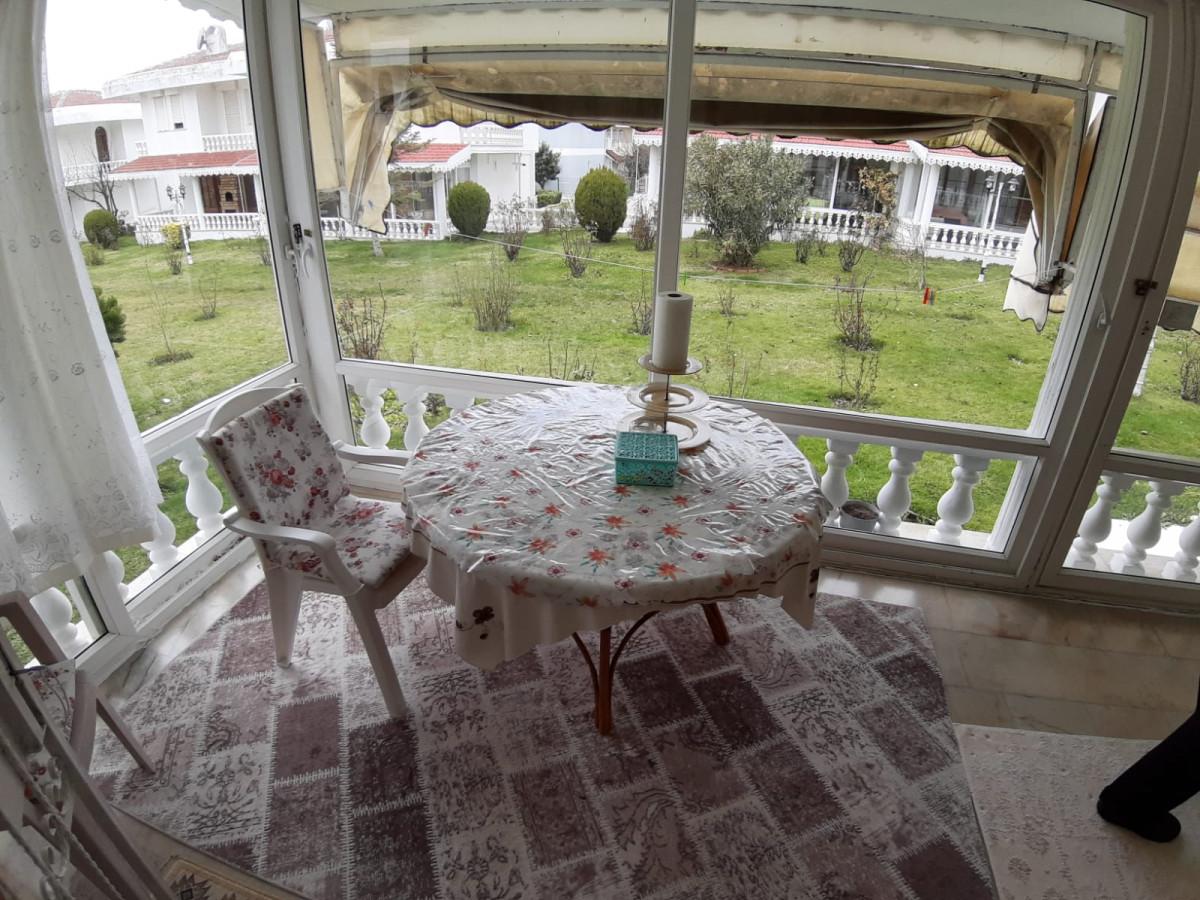 Büyükçekmece güzelcede 2 tane satılık villa - Büyük 63