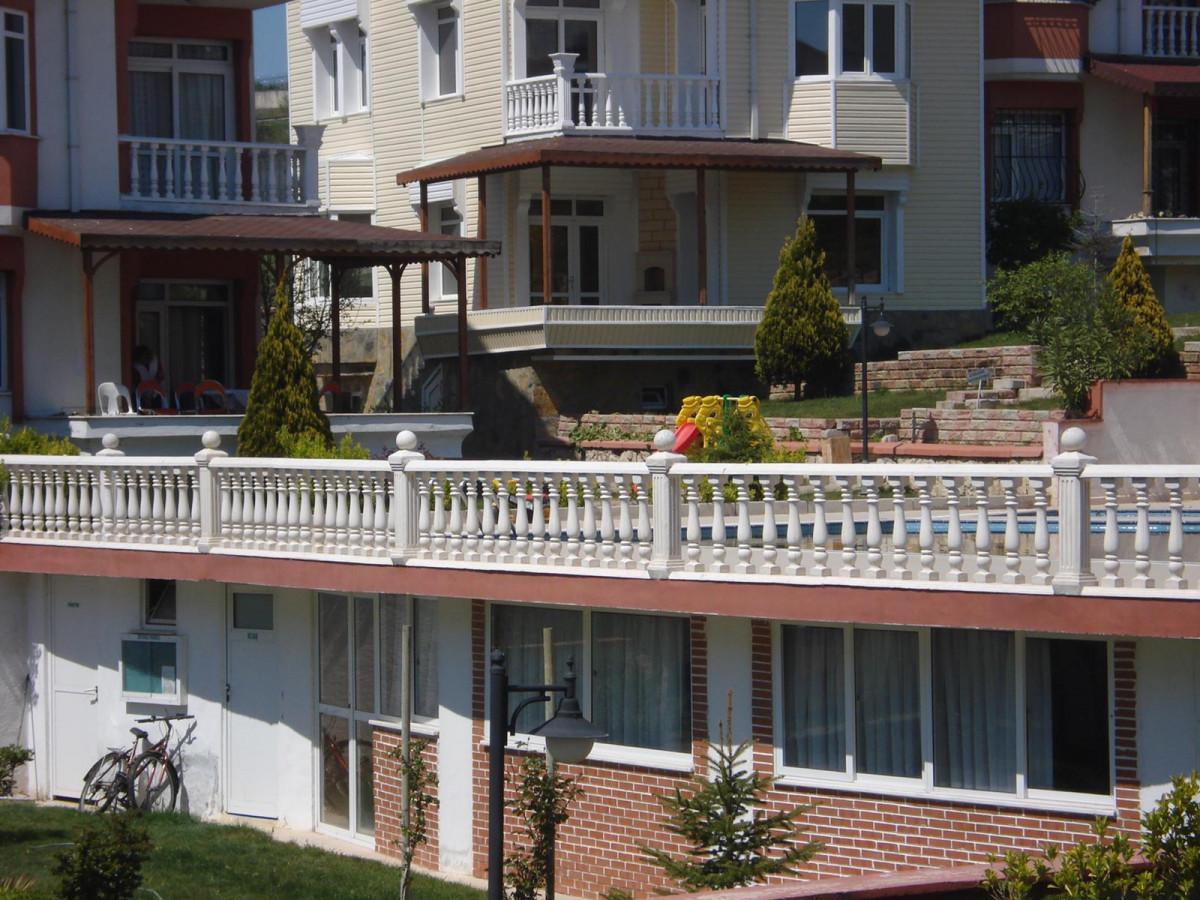 Celaliyede Kiralık  Mükemmel Manzaralı Triplex Villa - Büyük 1