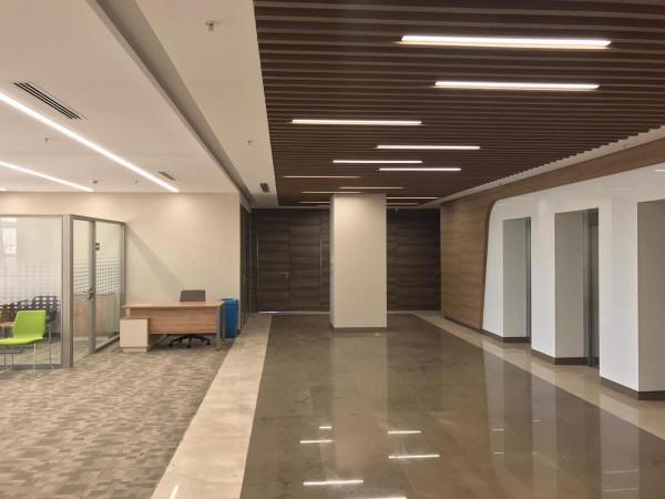 Kıraç Sanayi Bölgesinde 700 M2 Eşyalı Kiralık Ofis Katları