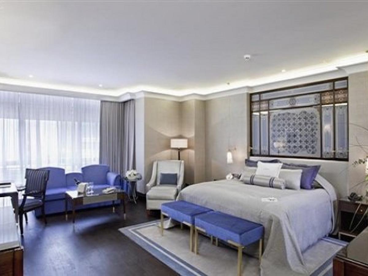 İstanbul  Fatih de 10 Katlı  79 Odalı  Satılık Otel - Büyük 10