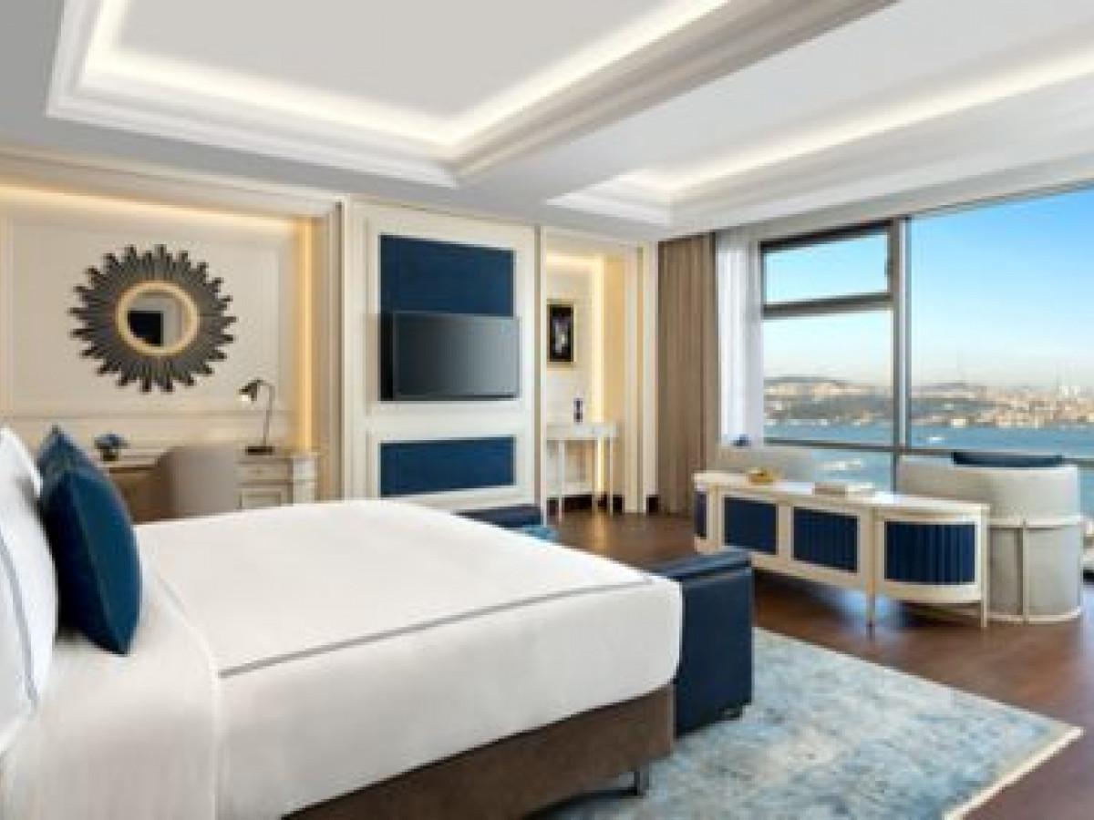 İstanbul  Fatih de 10 Katlı  79 Odalı  Satılık Otel - Büyük 1