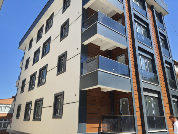 Beylikdüzü yakuplu'da 12 dairelik komple satılık bina